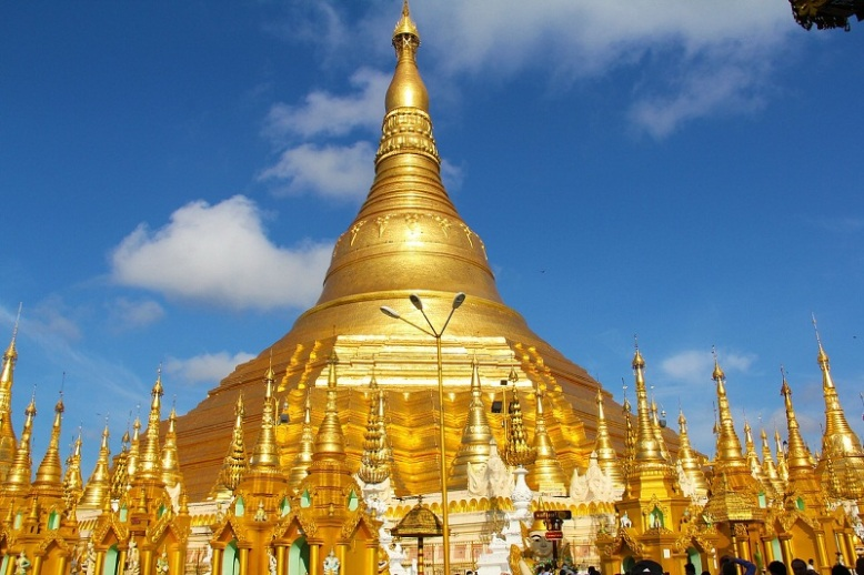golden-temple-myanmar